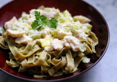 Fettuccine with Chicken, Leeks, and Gorgonzola
