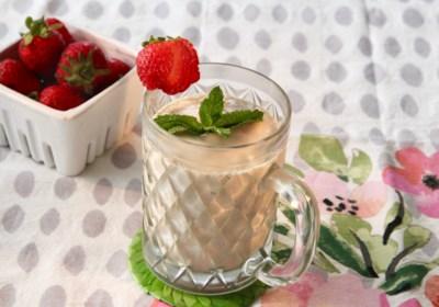 Strawberry-Avocado-Mint Smoothie