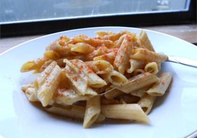 Bobbe's Super Cheesy Pasta