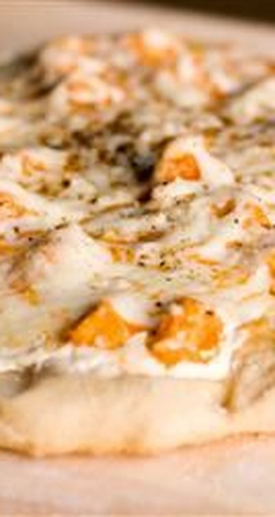 Buffalo Style Chicken Pizza