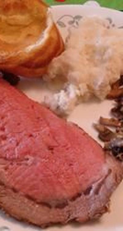 Prime Rib Au Jus with Yorkshire Pudding