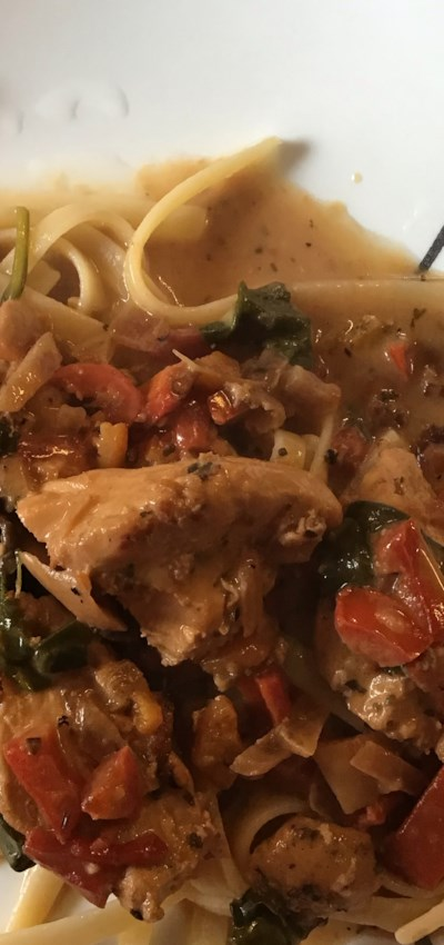 Chicken with Sun-Dried Tomato and Roasted Pepper Cream Sauce
