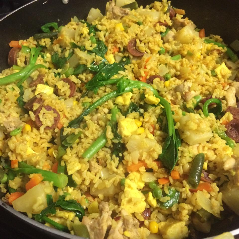 Curry Pineapple Fried Rice shayhong