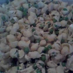 Cold Macaroni and Tuna Salad_image