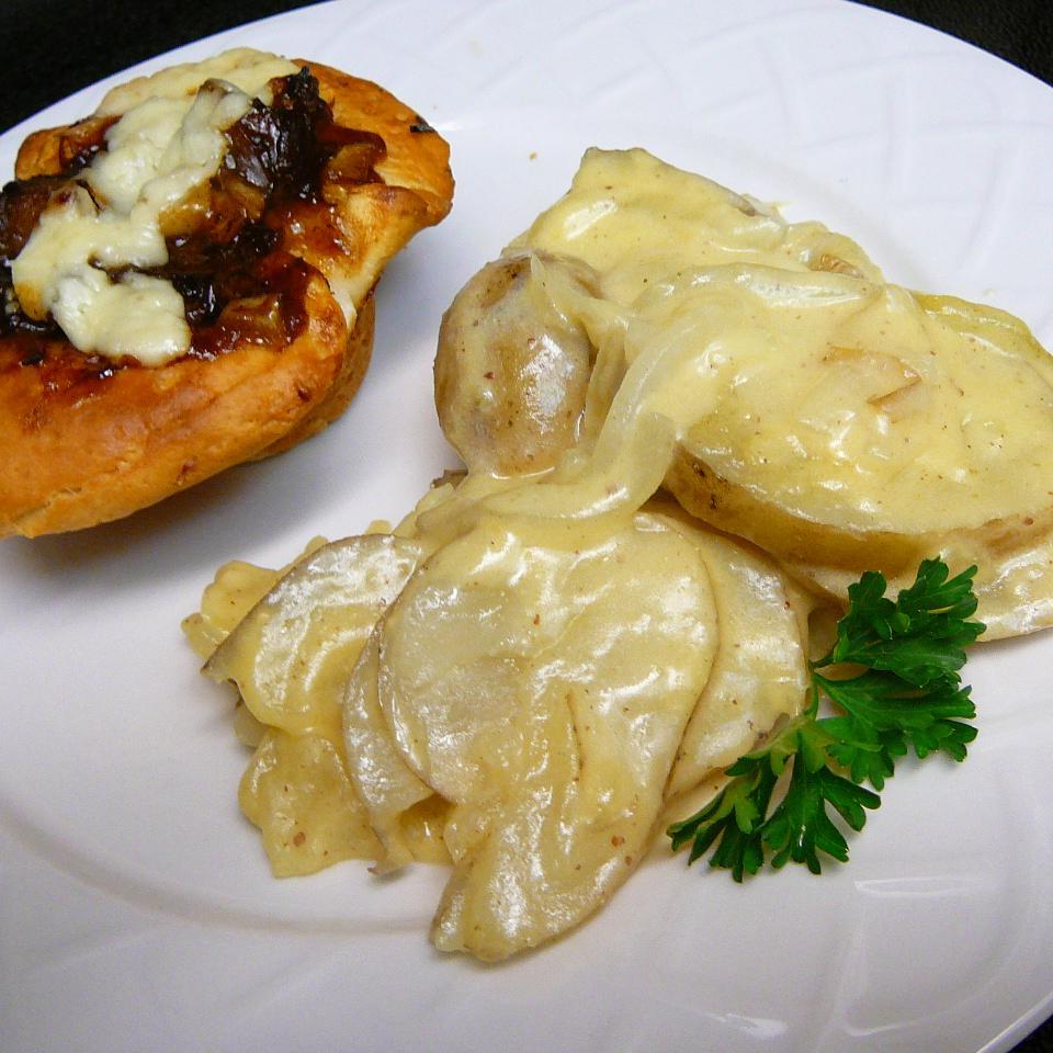 Dijonnaise(TM) Potatoes Molly