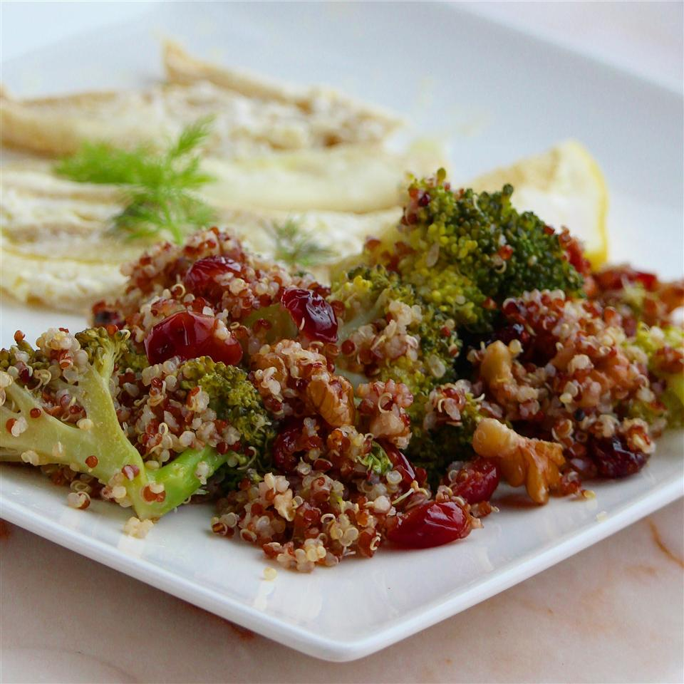 Cranberry Quinoa Salad with Broccoli Buckwheat Queen