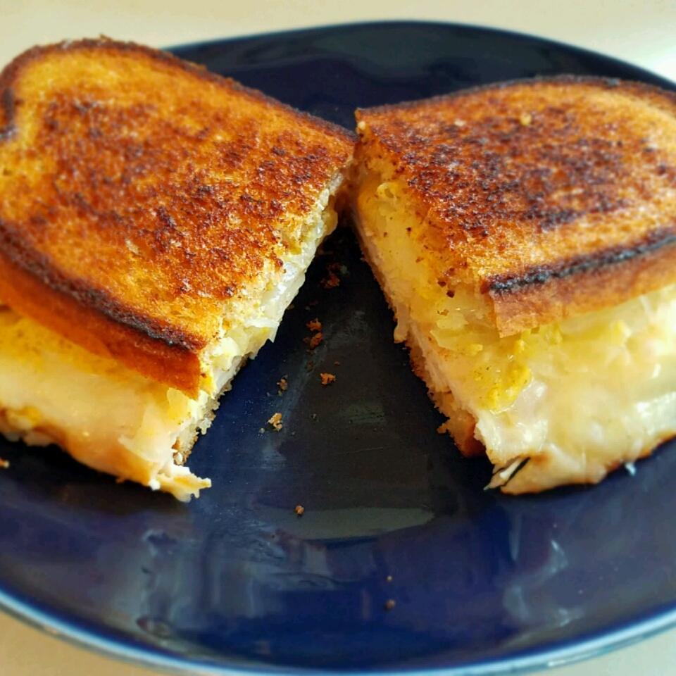 Grilled Turkey Reuben Sandwiches Adrock318