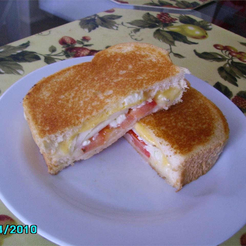 Greek Grilled Cheese ILOVERIVERS