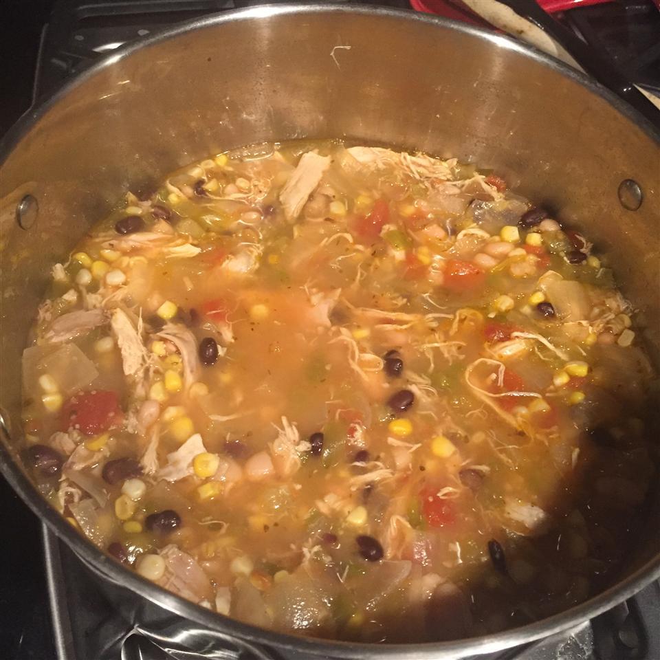 White Bean Chicken Chili Beefyboy08