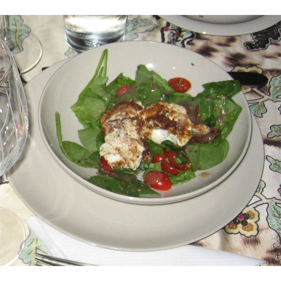 Spinach Salad with Baked Goat Cheese Eddie