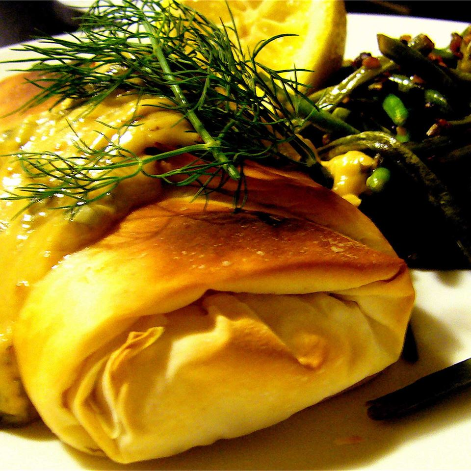 Phyllo-Wrapped Halibut Fillets with Lemon Scallion Sauce Chipplec