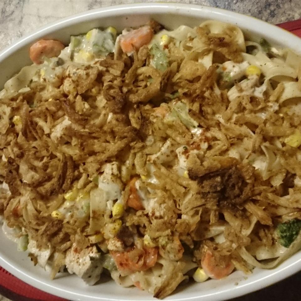 Hearty Chicken and Noodle Casserole Dale Moar