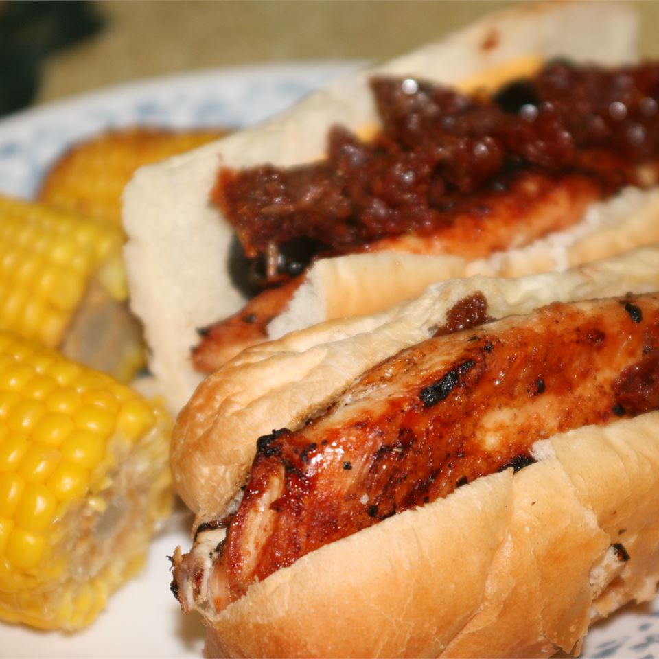 Grilled Chicken and Sun-Dried Tomato Subs