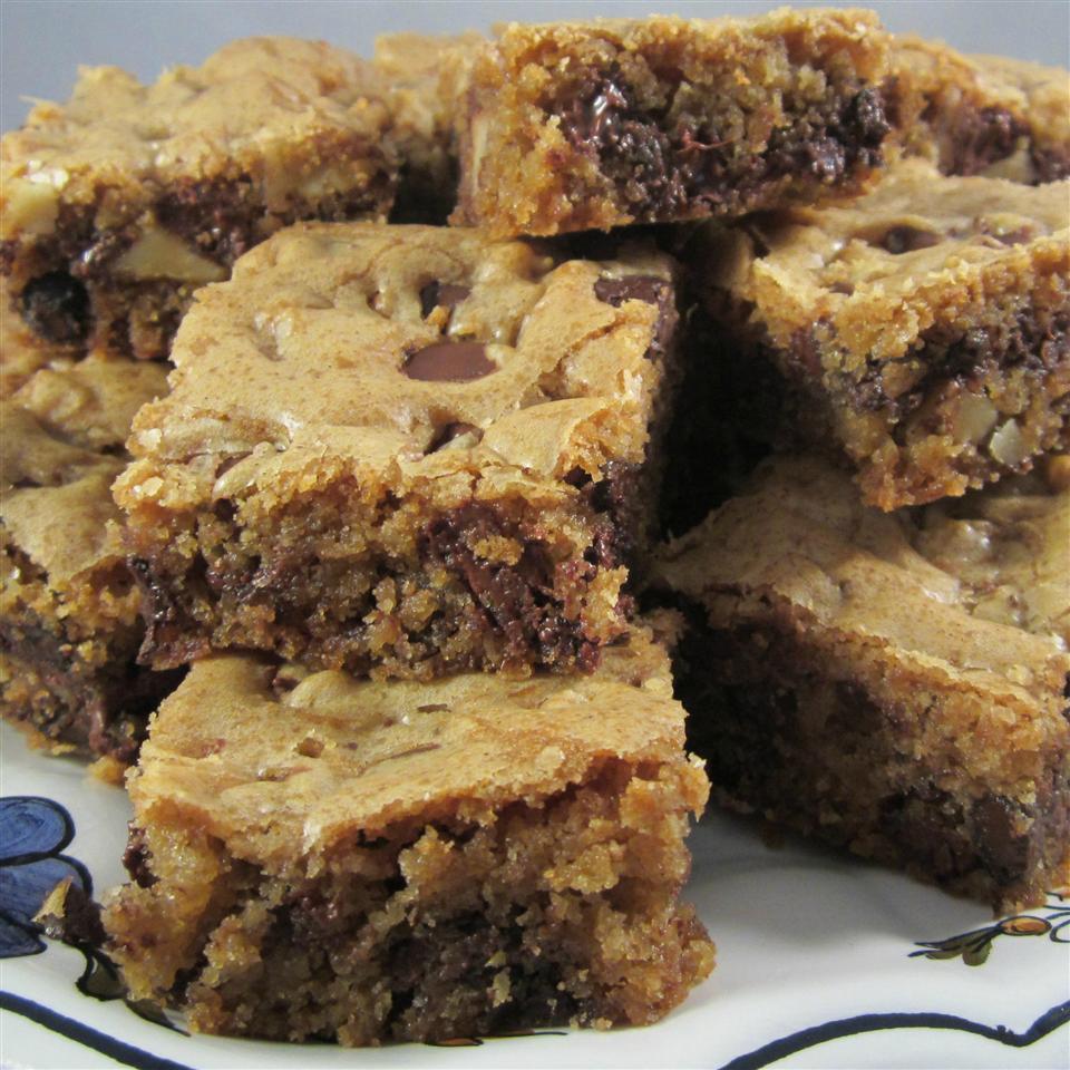 kirstens dark chocolate chip cookie bars recipe
