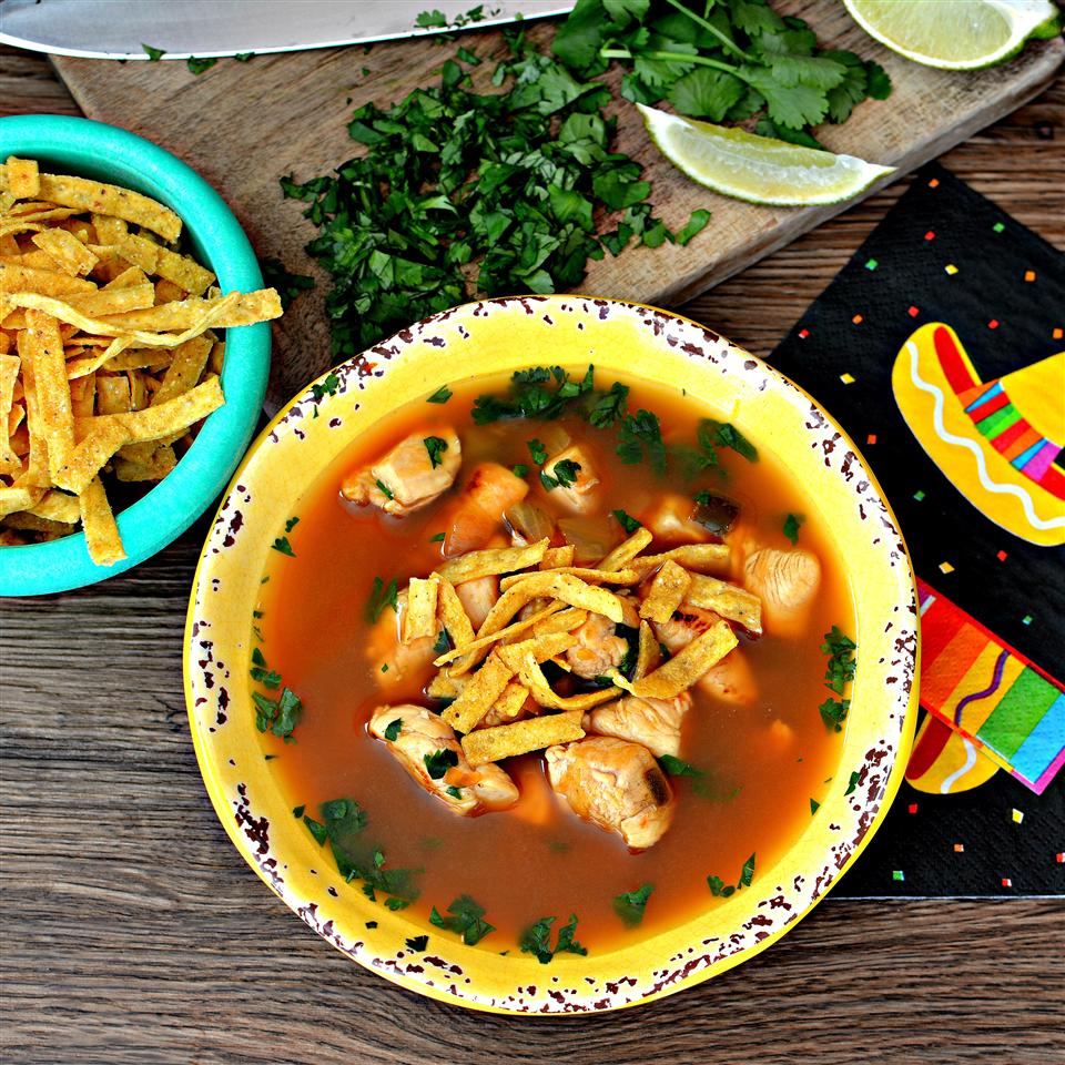 Quick and Easy Chicken Tortilla Soup Brenna