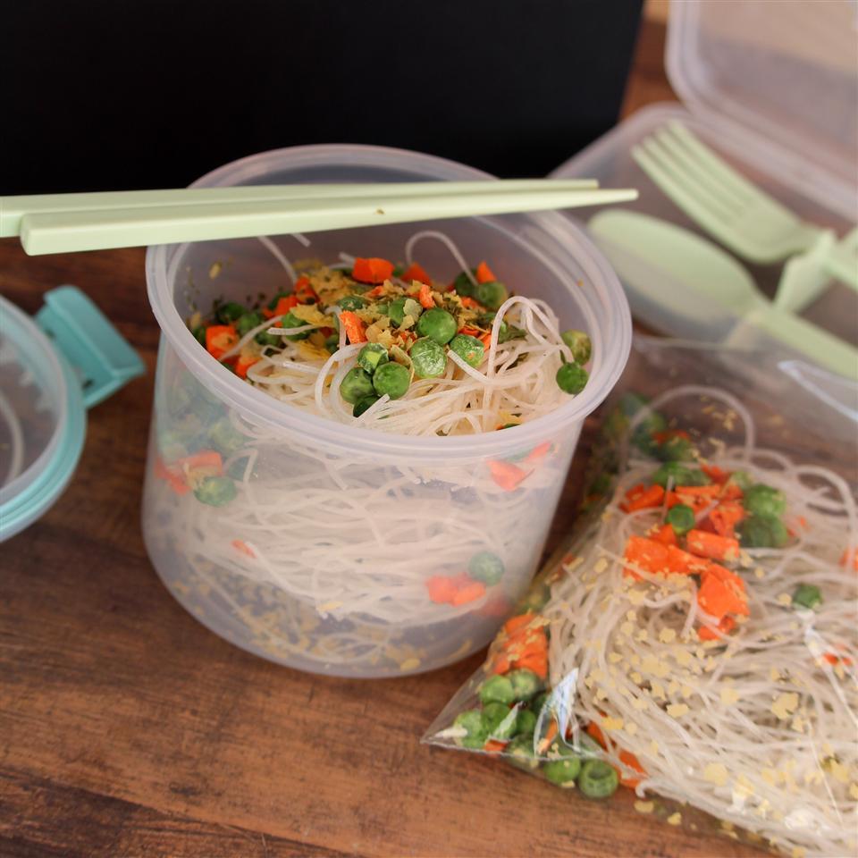Backpackers' Thai Noodles ttkat