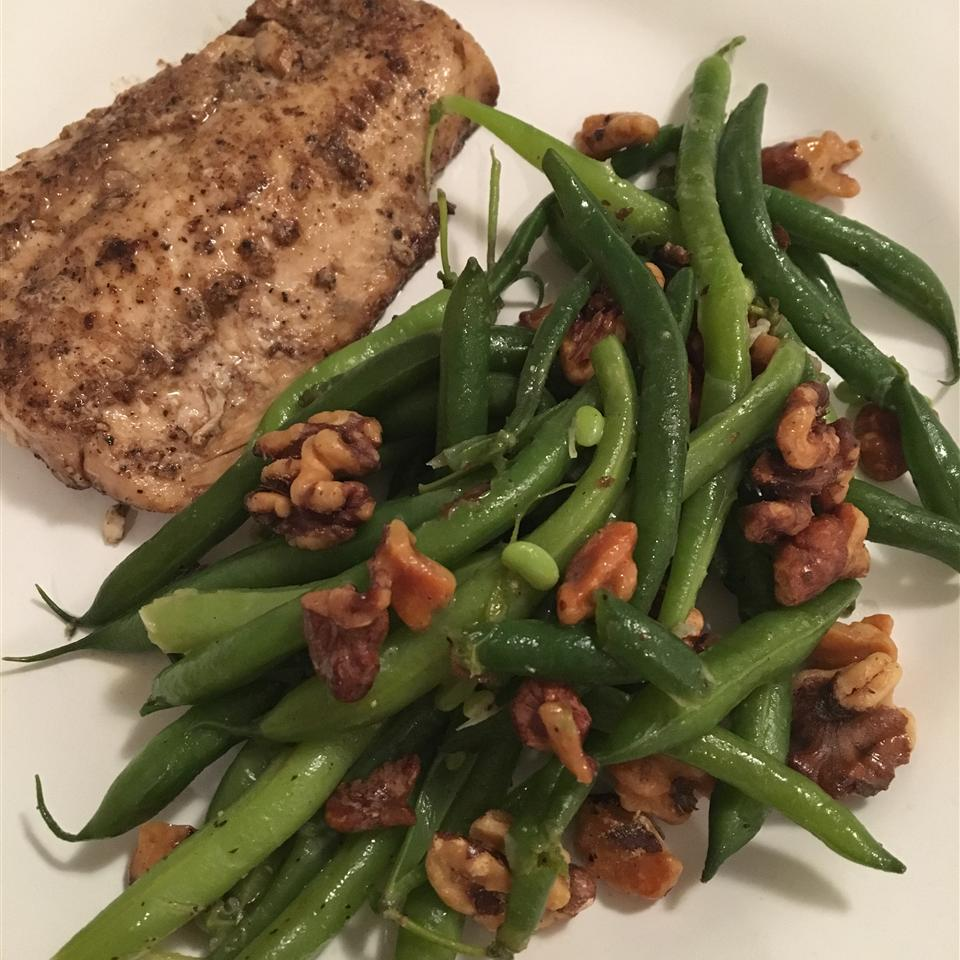 Lemon Green Beans with Walnuts