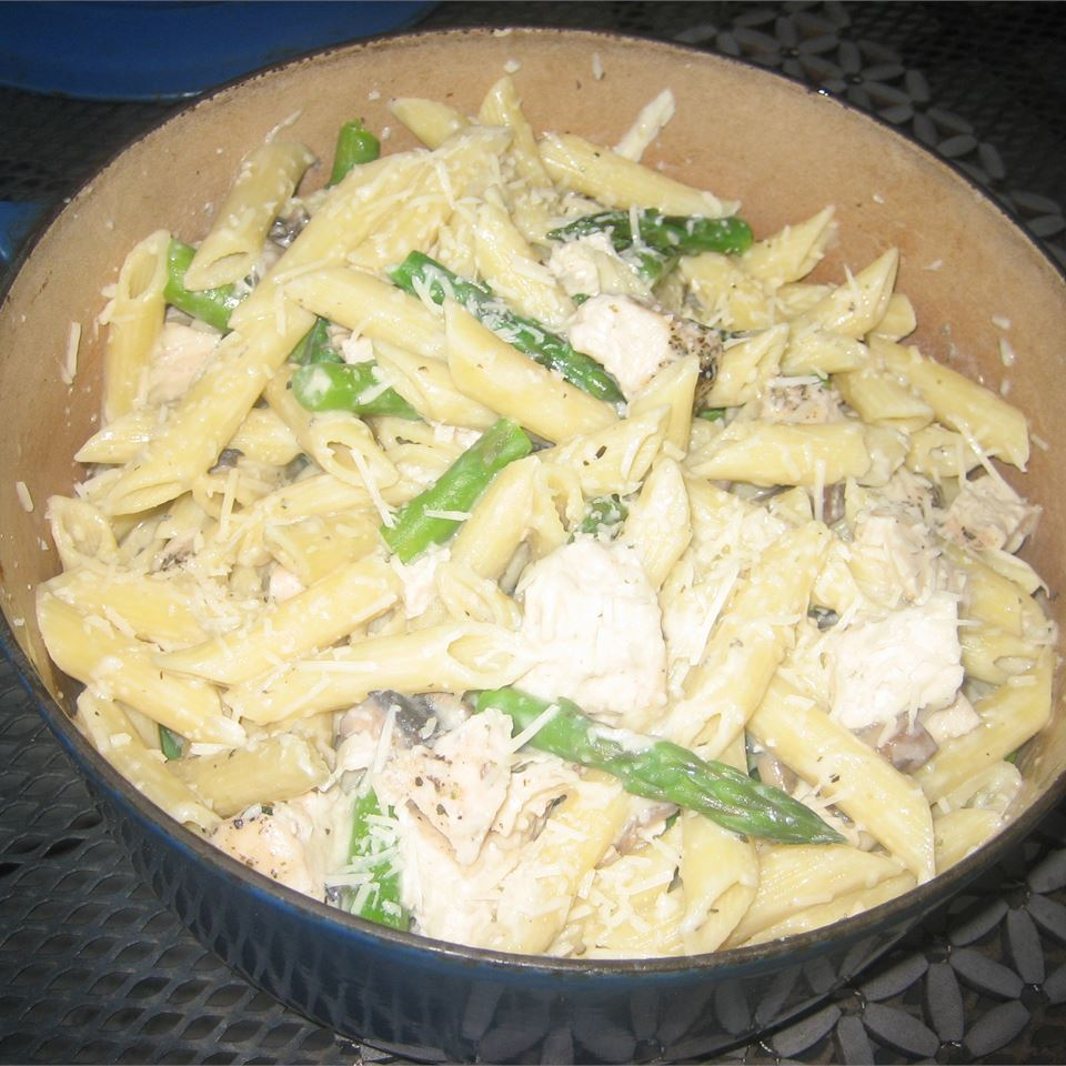 Pasta Shells with Portobello Mushrooms and Asparagus in Boursin Sauce Valerie Brunmeier