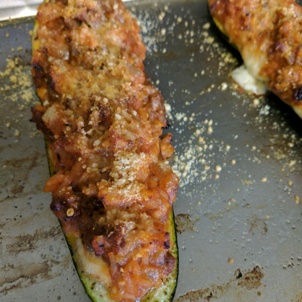 Stuffed Zucchini Boats with Meat
