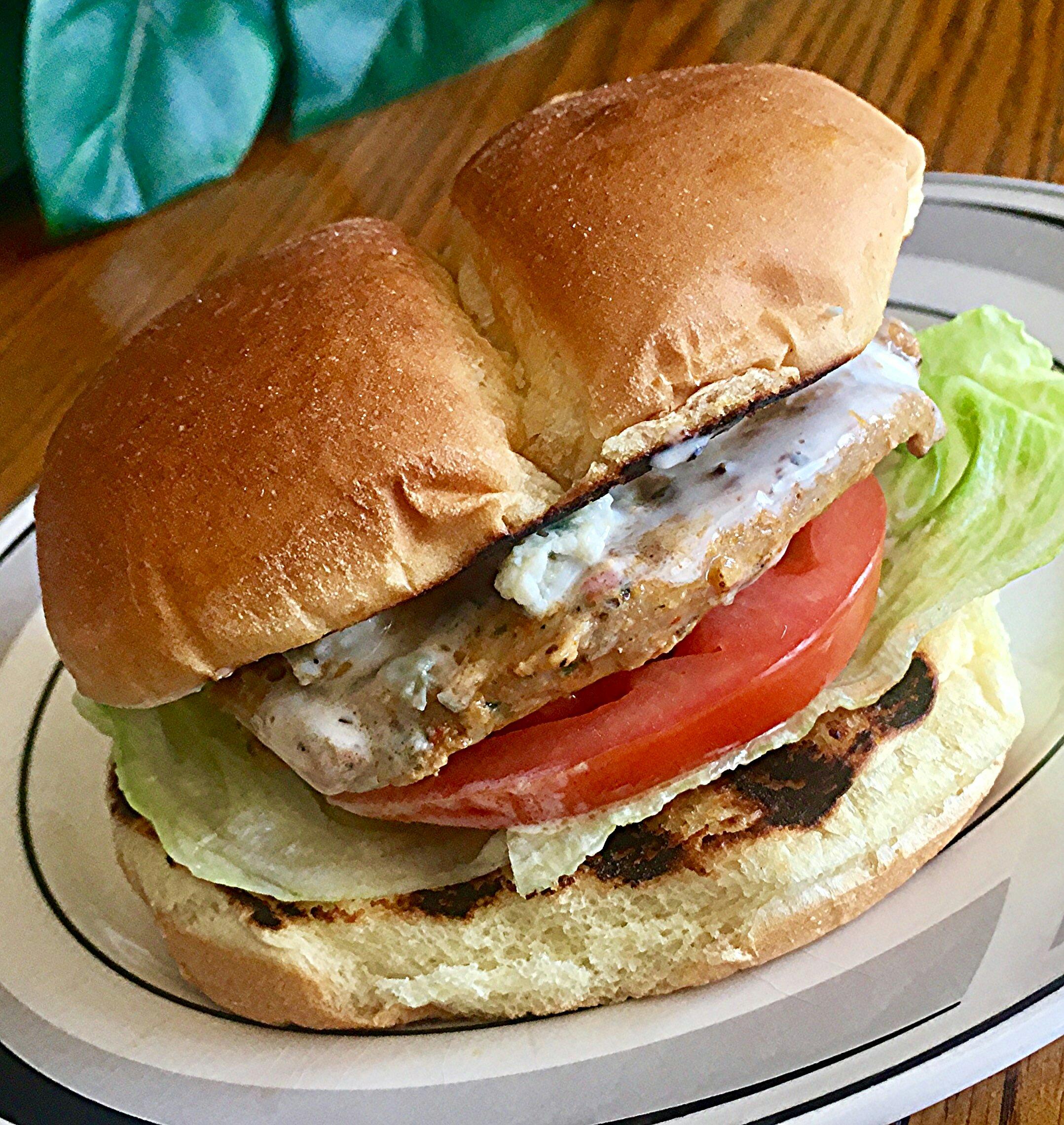 Spicy Buffalo Chicken Sandwich Yoly