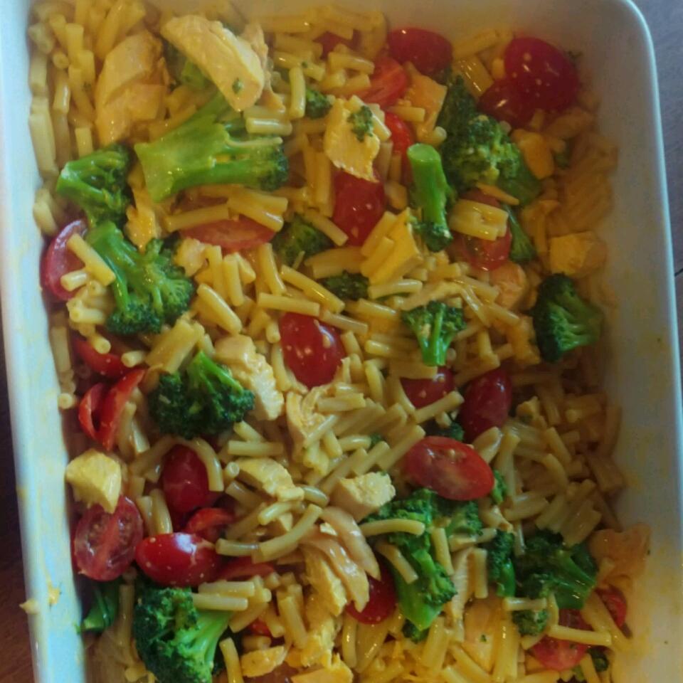 Macaroni and Cheese with Chicken and Broccoli Ben Shapiro