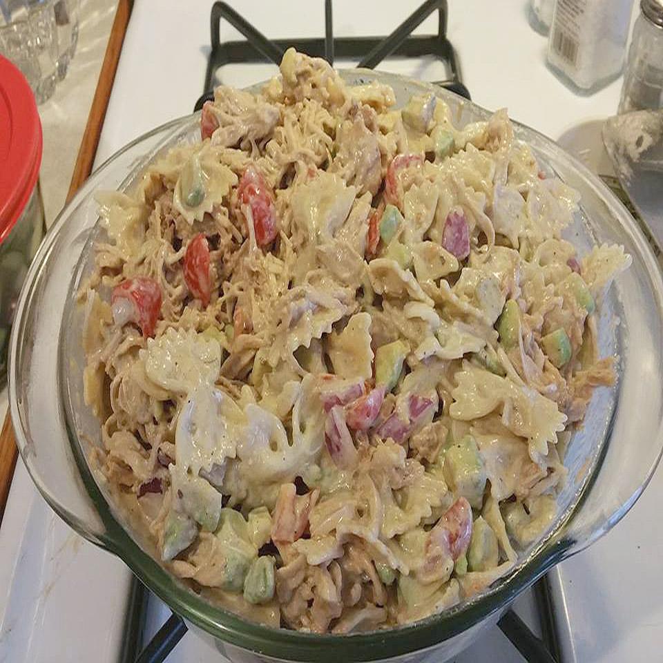 Best Chicken Pasta Salad