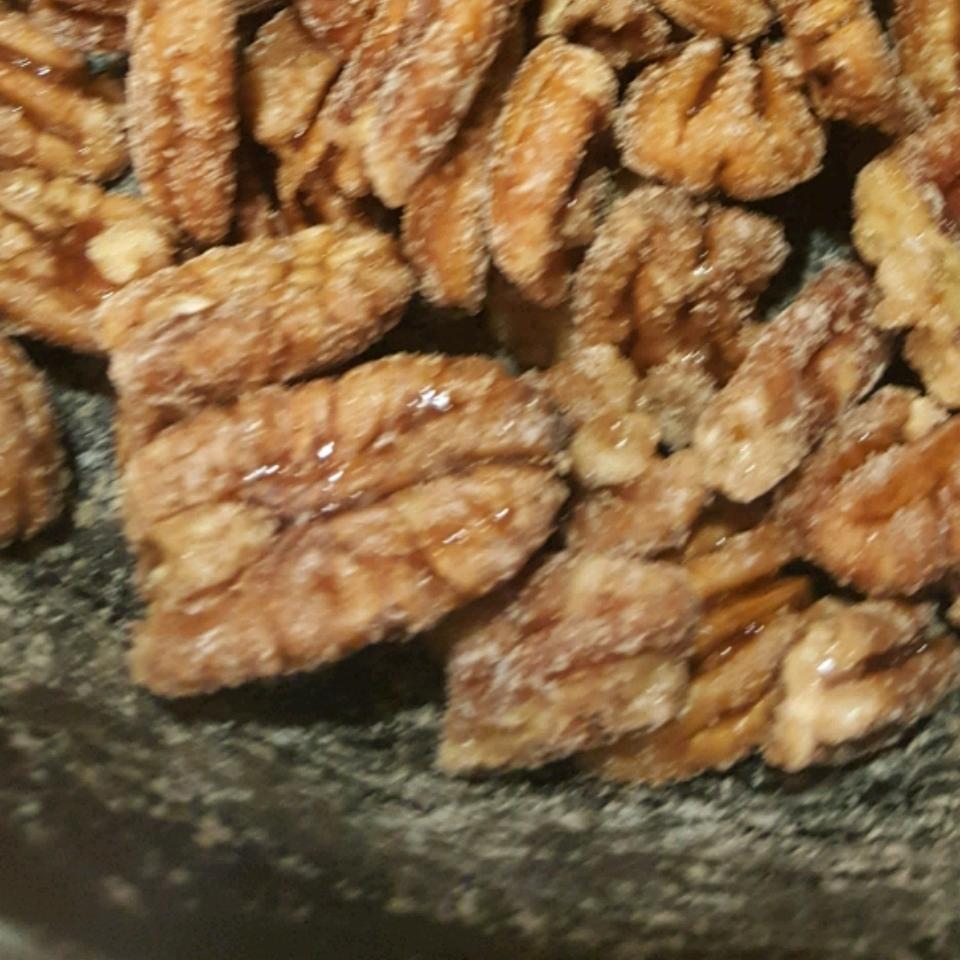 Paleo Toasted Maple Pecans