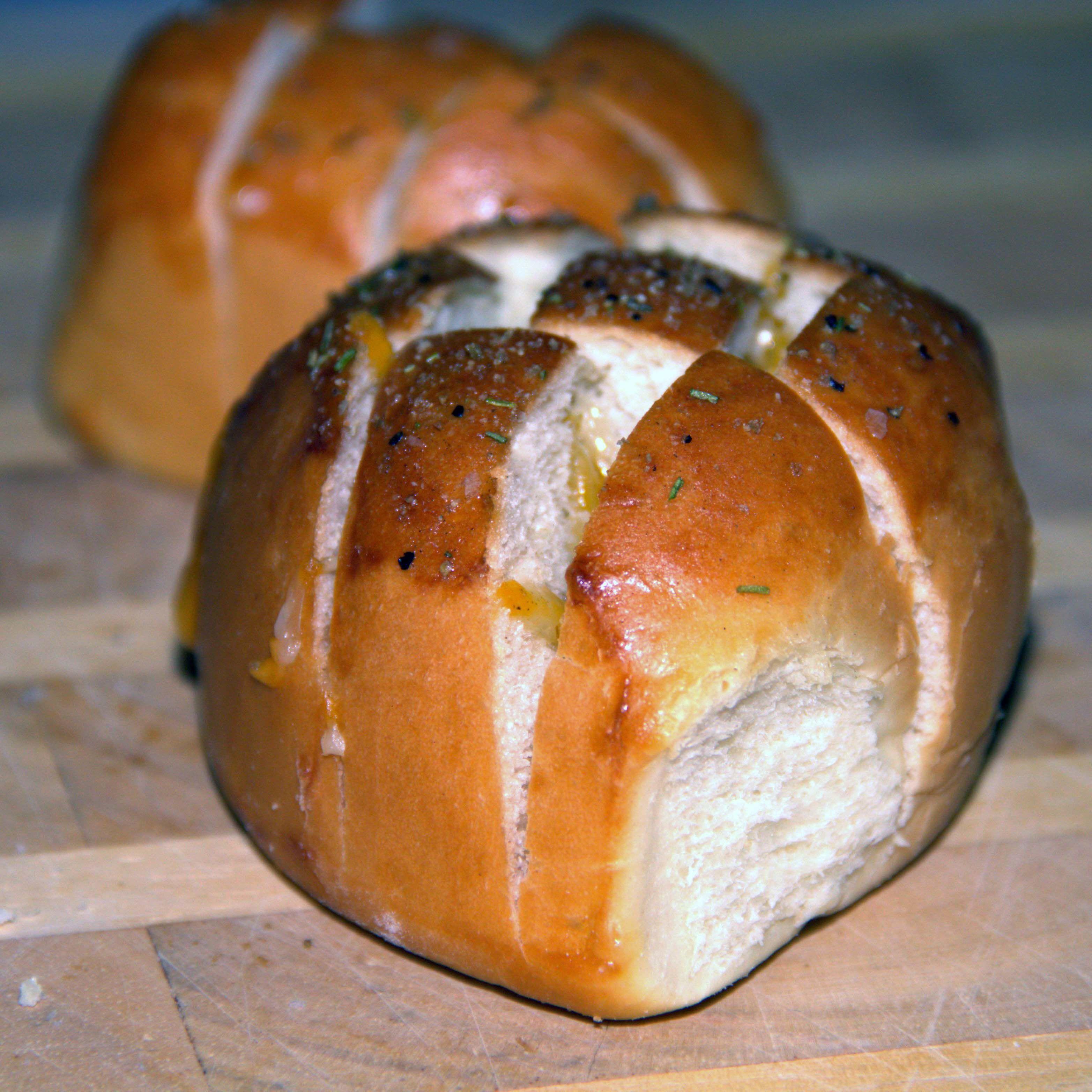 Air Fryer Cheesy Garlic Bread