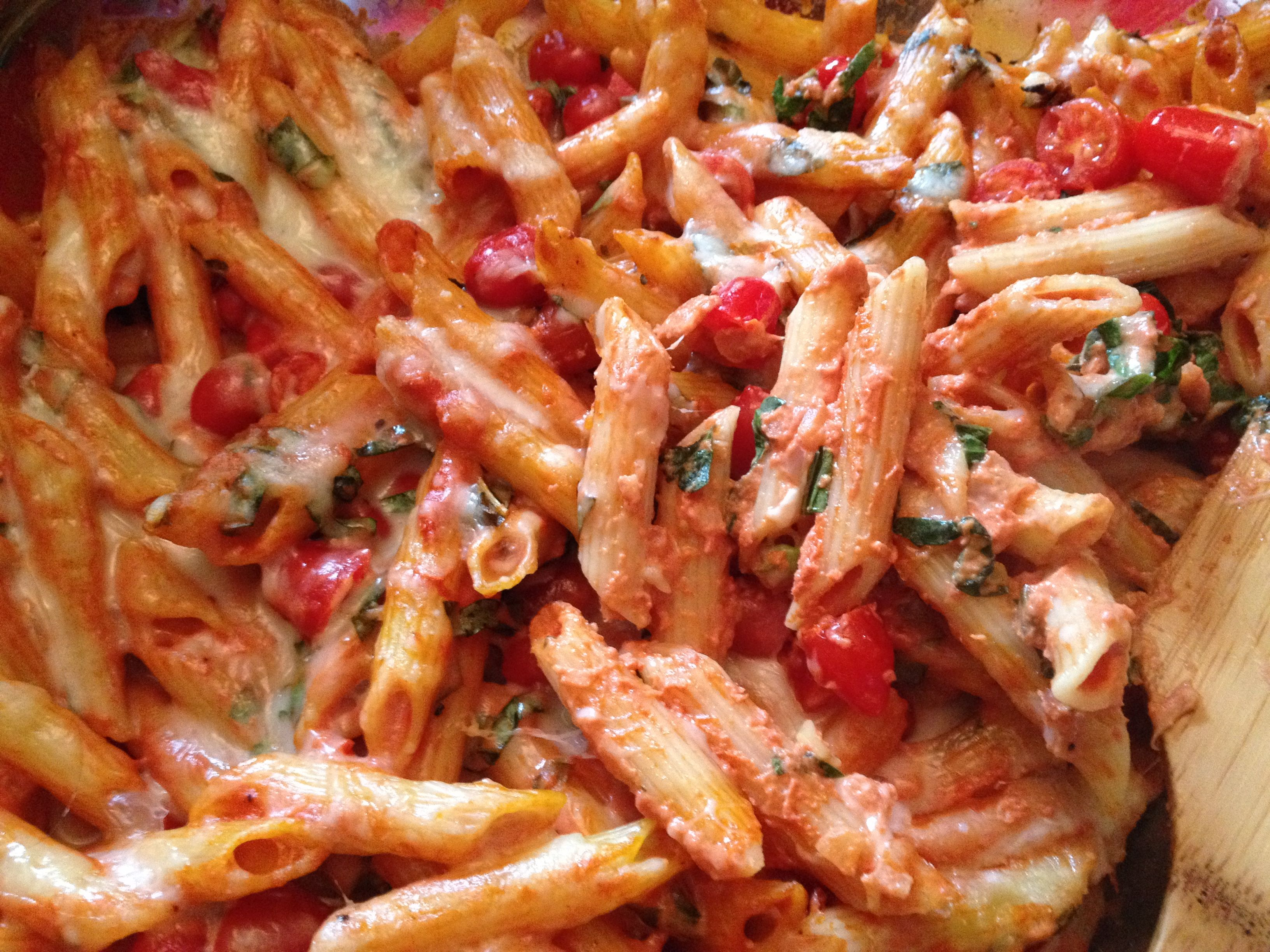Creamy Pasta Bake with Cherry Tomatoes and Basil