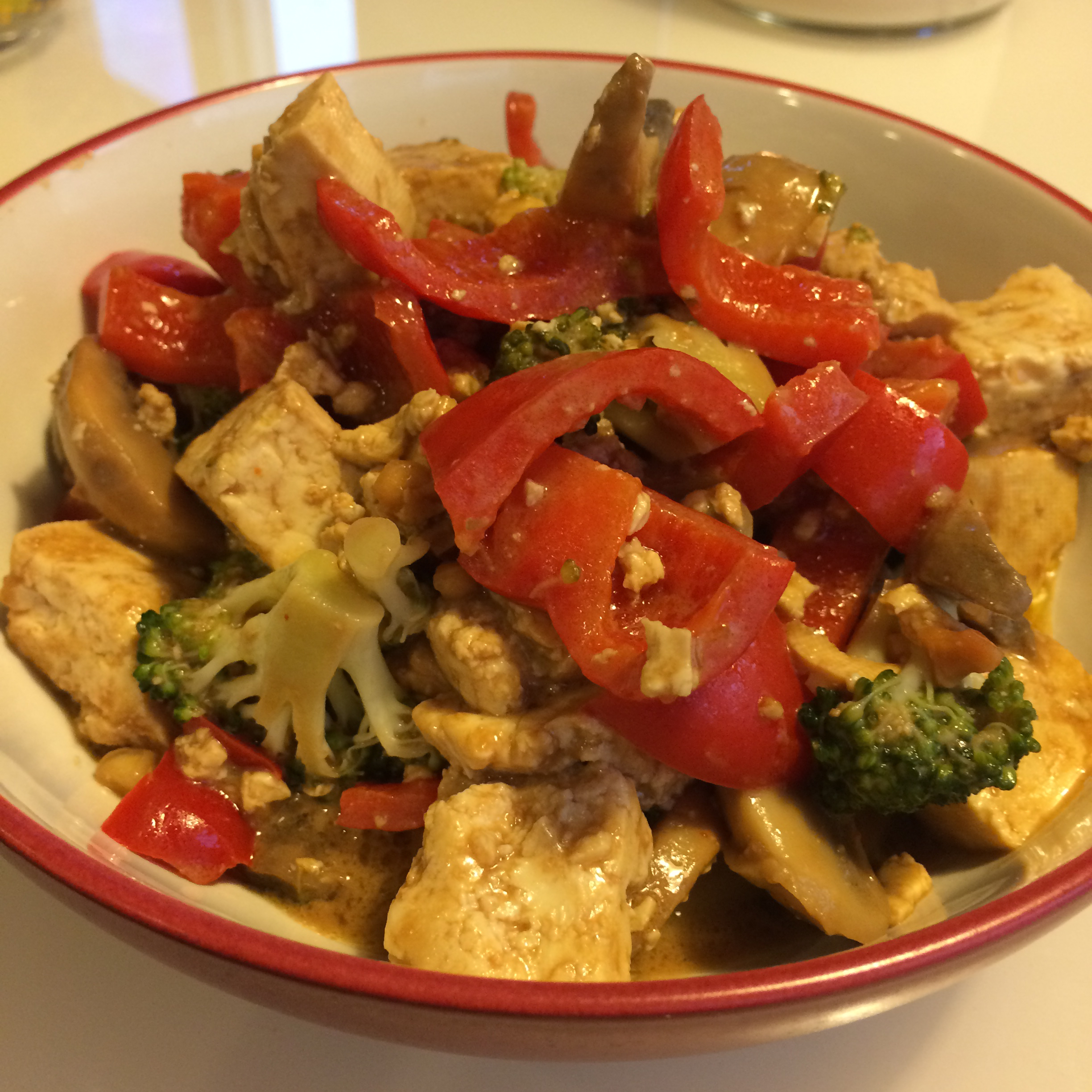 Tofu and Veggies in Peanut Sauce