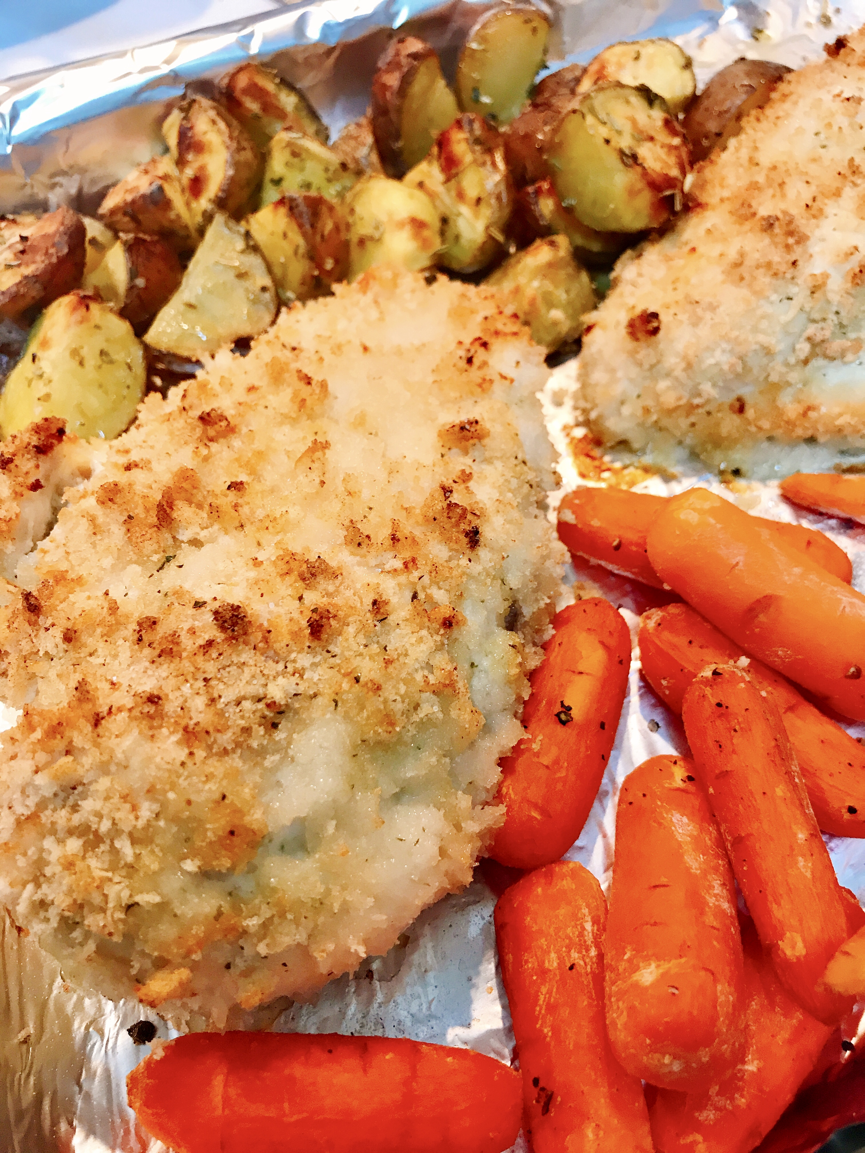 Sheet Pan Dinner with Chicken and Veggies thedailygourmet