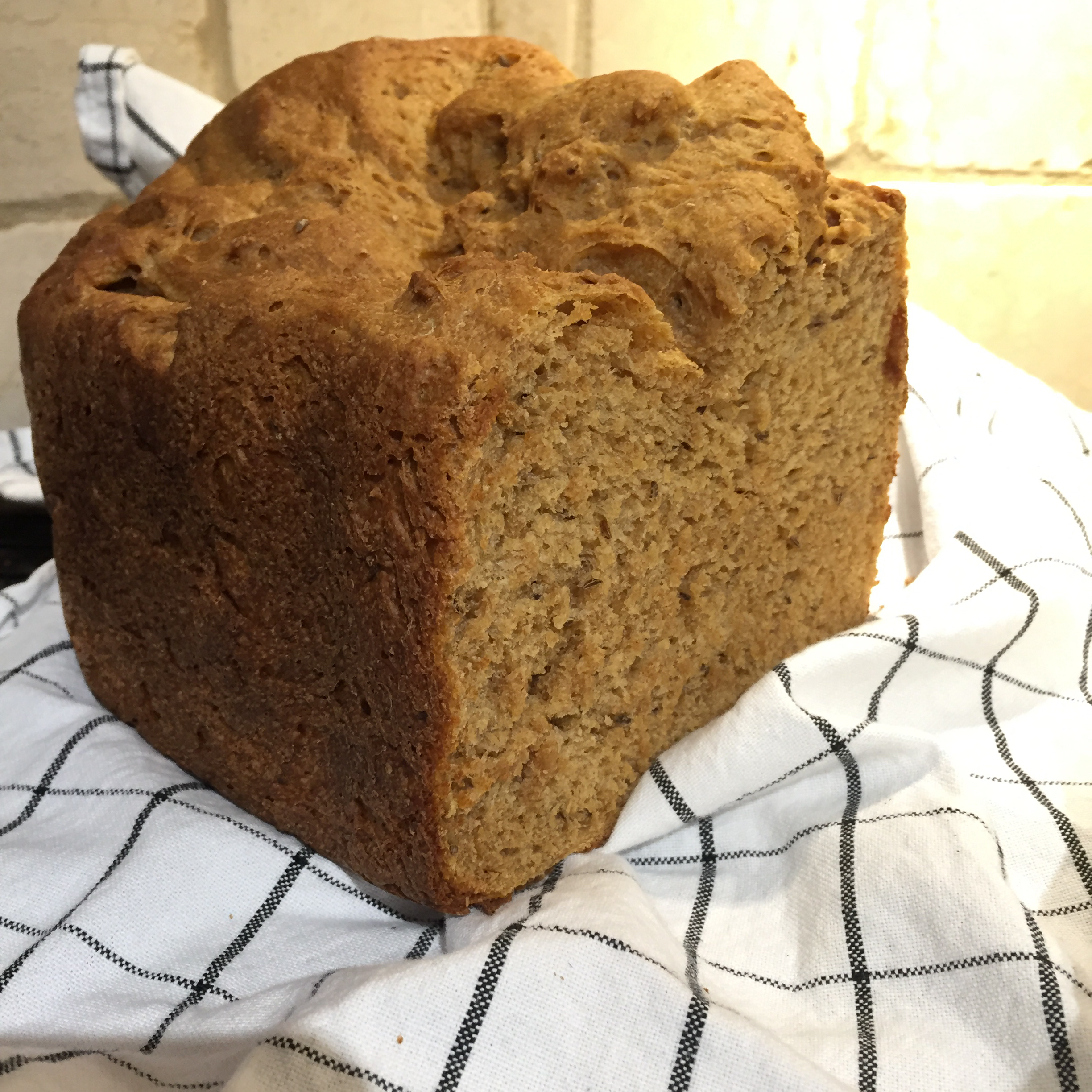 Caraway Rye Bread (for the bread machine)