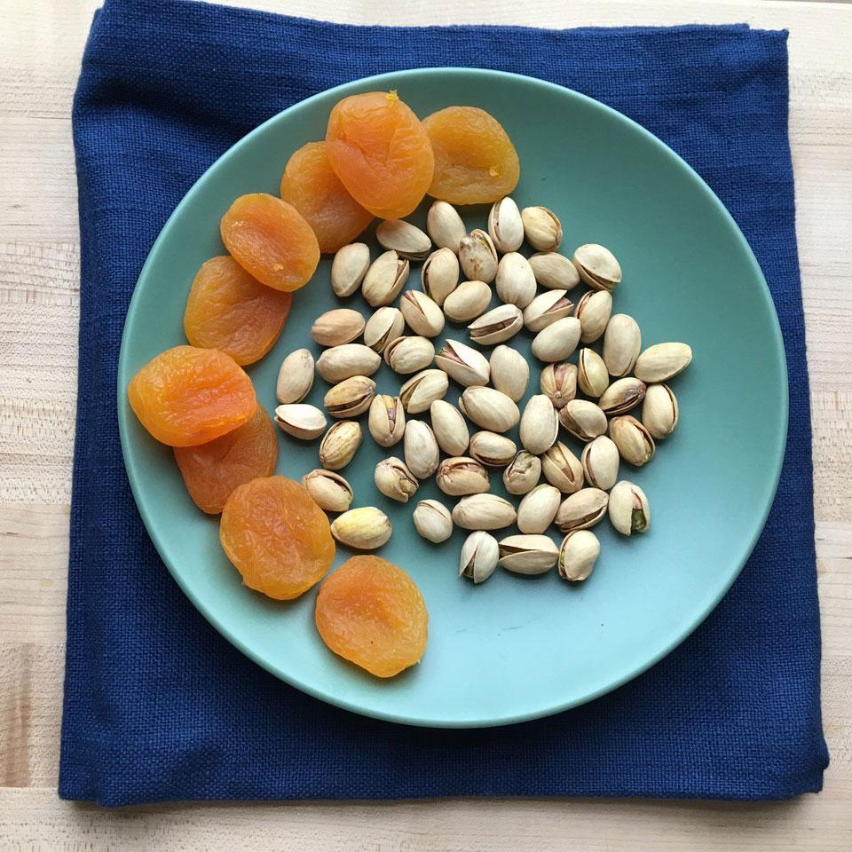 Pistachios & Apricots Victoria Seaver, M.S., R.D.