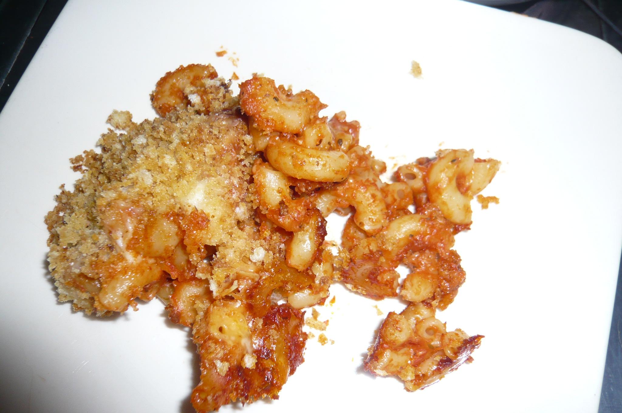 Easy, Cheesy Baked Macaroni image
