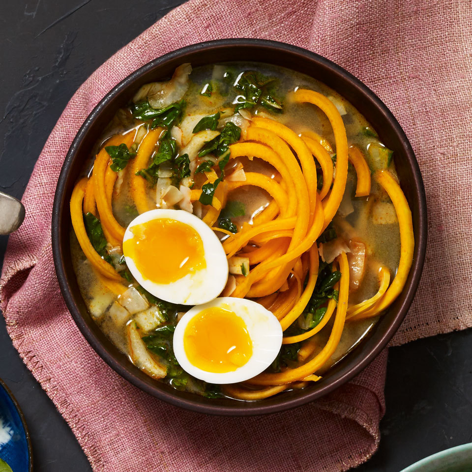 This untraditional spin on Thai red curry features spiralized butternut squash noodles in a cup-of-noodles-style mason jar soup, but you could also use spiralized sweet potatoes or fresh egg noodles.