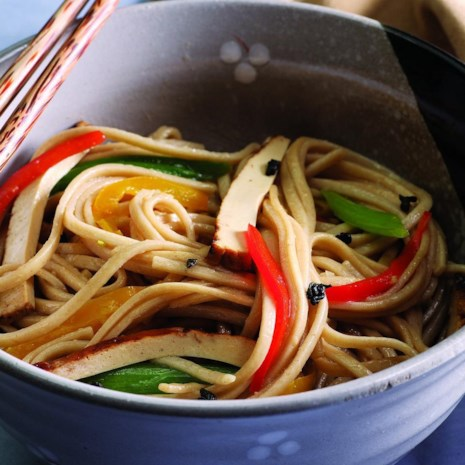 Stir-Fried Noodles with Green Tea