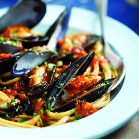 Italian Mussels & Pasta