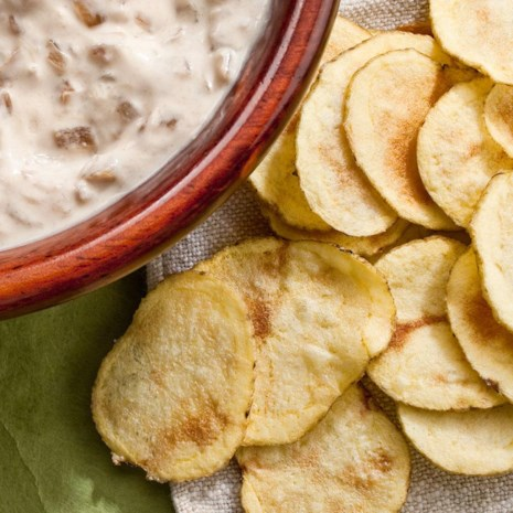 Healthy recipes to satisfy junk food cravings eatingwell microwave potato chips forumfinder Images