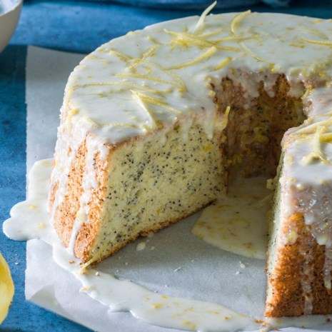 Lemon Poppy Seed Chiffon Cake