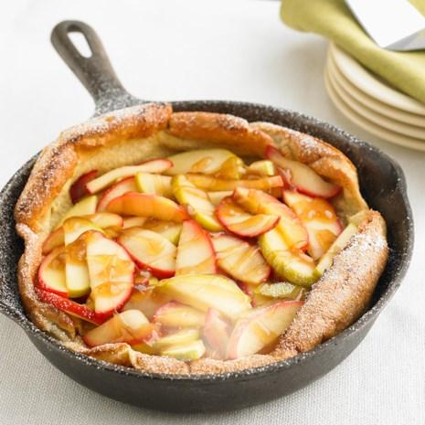 Apple Puffed Oven Pancake