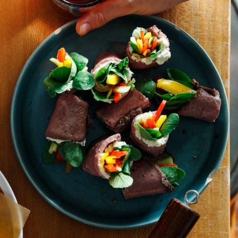 Beef & Watercress Maki Rolls