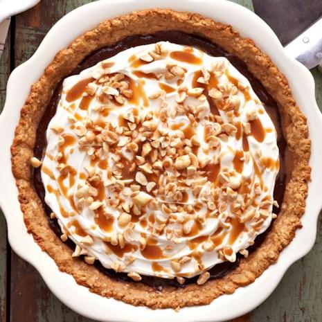 Chocolate Caramel-Peanut Crunch Pie