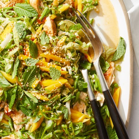 Crunchy Chicken & Mango Salad