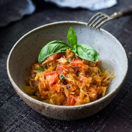 Spaghetti Squash with Tomato Basil Sauce