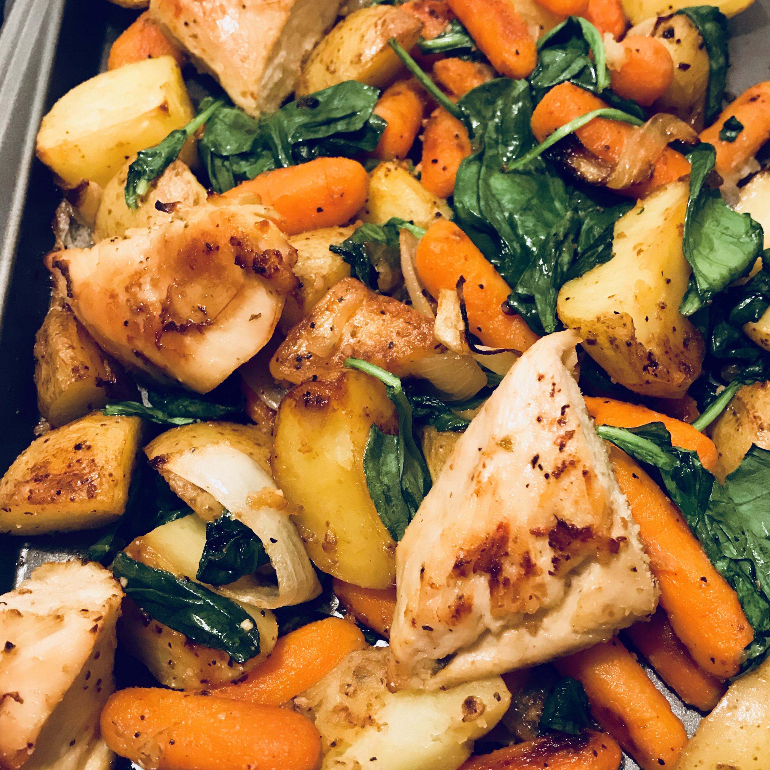 Baked Chicken Breasts and Vegetables anghatami