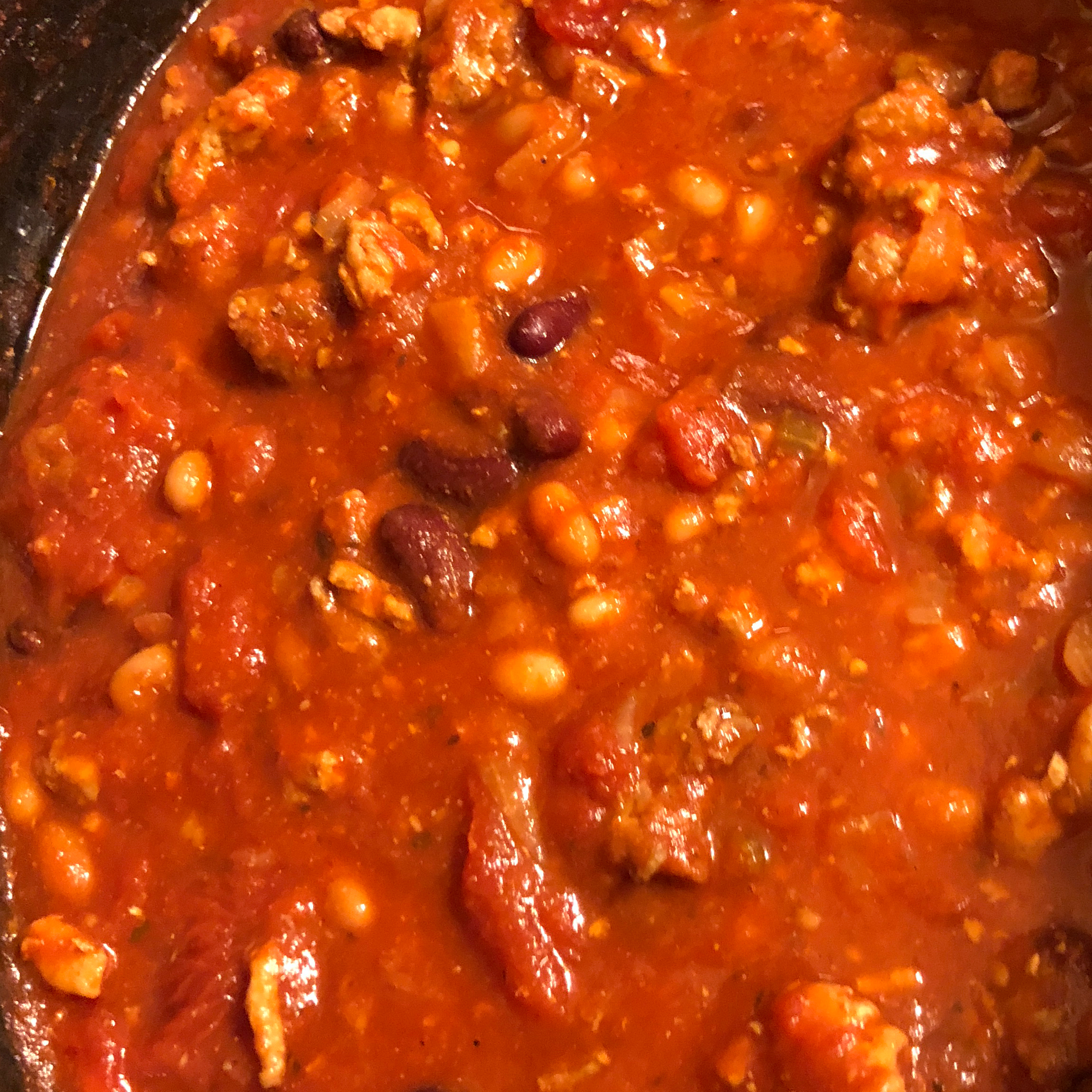 Slow Cooker Chicken and Sausage Chili Paul
