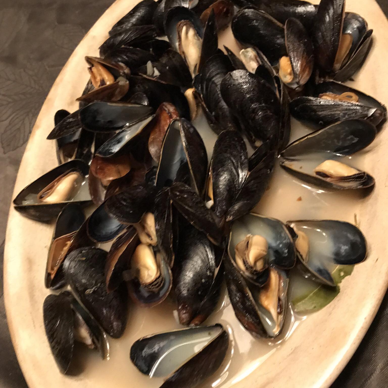 Mussels Mariniere Di