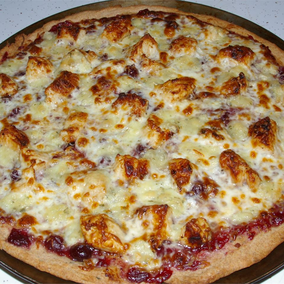 Brie Cranberry and Chicken Pizza GILLIE