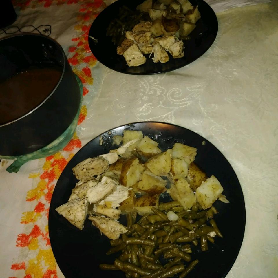 One-Pan Chicken Dinner olivia alvarez