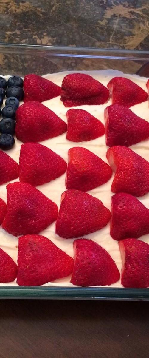 No-Bake Cheesecake Flag Cake